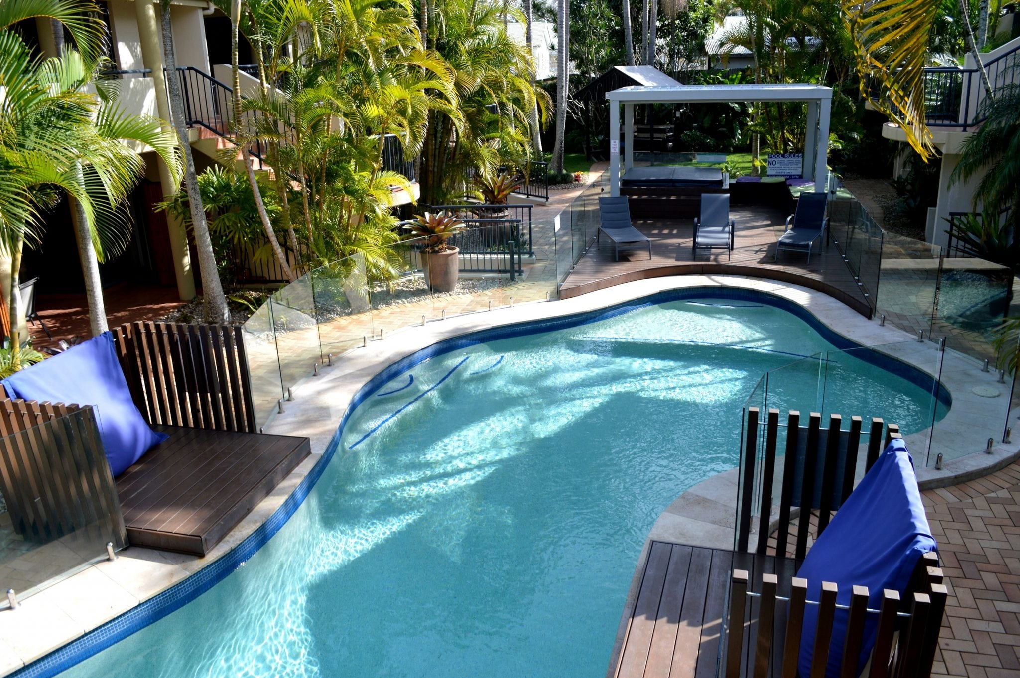 Outrigger Bay Apartments - Heated Pool and Spa