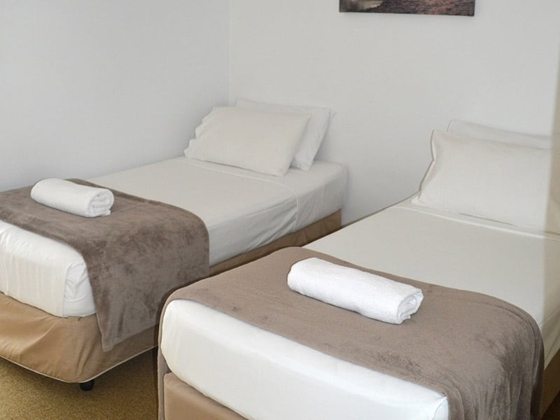 Choice of 1x queen bed or 2x singles